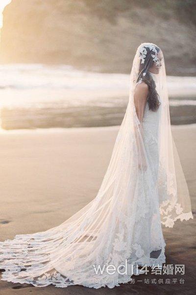 新娘头纱的戴法 不同头纱类型解析图片