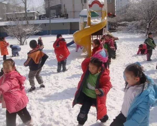 天气多冷也要按时送孩子去幼儿园!不然……