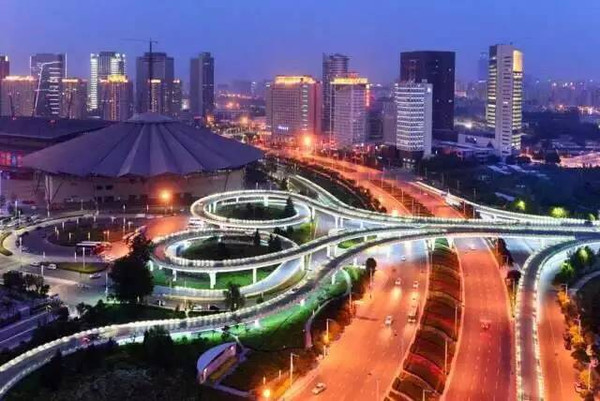 北京和鄭州,在哪個城市工作,工資高,穩定呢?不脫欠呢?