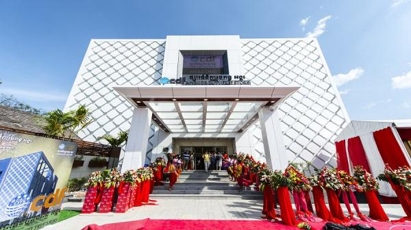 中免集团吴哥免税店于2014年12月30日正式开业。