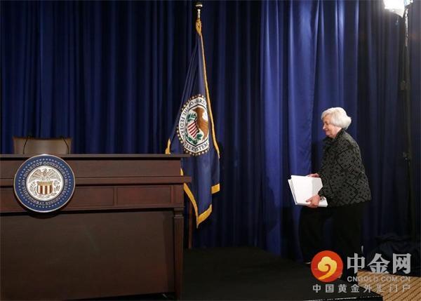 华尔街调查:美联储明年有望升息三次或以上