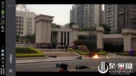 网传晋江一中发作暴力攻击事情 差人传递系模仿演练