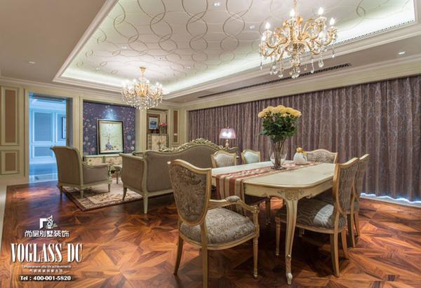 客餐厅同处一个空间,延用同样的吊顶,宽阔了视野和空间布局.图片