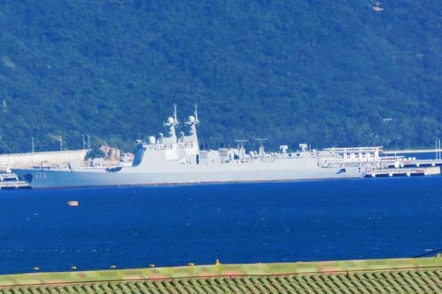 近日入役的中国海军052D级174舰