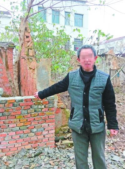 公务员囤积宅基地搞房地产开发 被追讨百万赔款