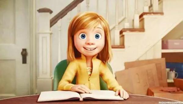 今年最流行的名字_谁知道这个女孩的名字