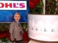 《艾伦秀第13季片花》S13E71 艾伦向粉丝索要礼物 收礼反赠粉丝巨款