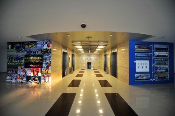 2015年11月26日,江苏省南京市,江苏国信舜天足球俱乐部办公大楼内景。 视觉中国 资料