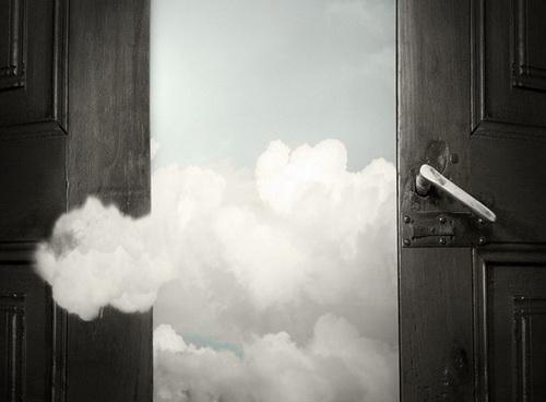 """奢侈品的""""五年之痒""""能否在第六年云开雾散"""