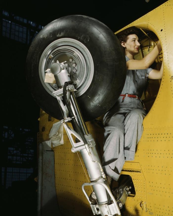 【图集】1941 1943:二战时期的美国女工们