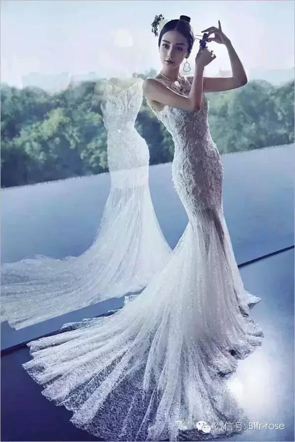 科技 正文  鱼尾裙婚纱礼服其实对身材娇小或高大的新娘并无限制,只要图片