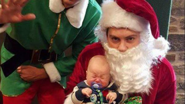 圣诞老人如果有自己的孩子,会怎么拍亲子照