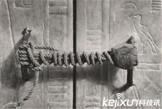探秘古埃及法老墓中的惊人宝藏图片