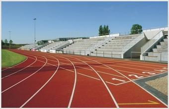 长宁 塑胶跑道进社区 居民健身零距离