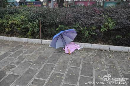 云南曲靖火车站现死婴 警方查明系其奶奶丢弃