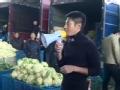 《了不起的挑战片花》抢先看 撒贝宁卖菜花变骗子 沙溢变城管赶岳岳