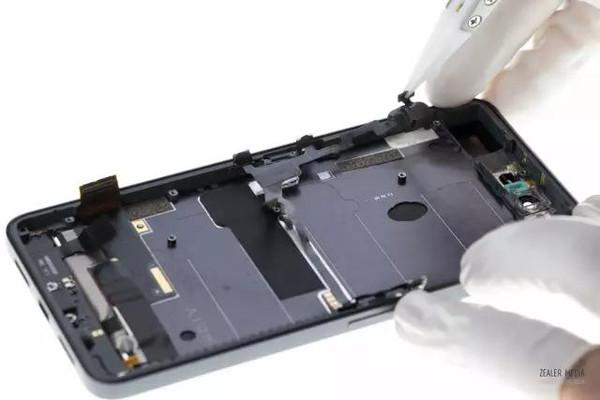 锤子 Smartisan T2 开箱 & 拆解的照片 - 47
