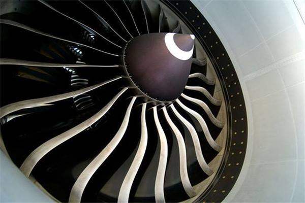 飞机飞那么快 它的发动机为啥不能给汽车用?_车猫网