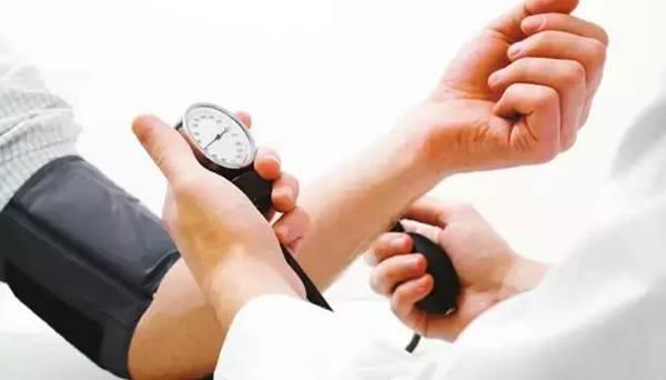 高血压,长期吃药!可吃了辣木后……