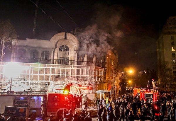沙特处决47名囚犯 伊朗示威者焚烧沙特驻伊大使馆