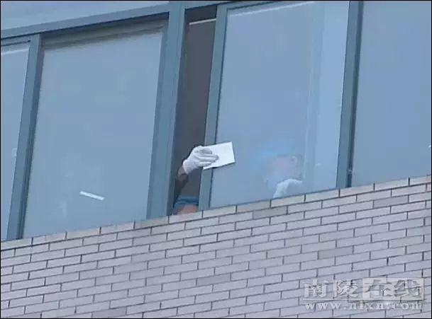 芜湖跨年夜发作喜剧:女大门生与两男生开房后坠楼身亡