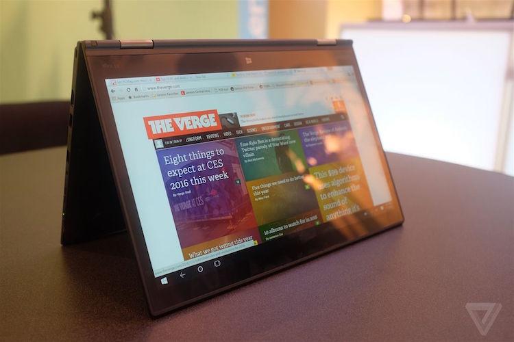 14 英寸的 X1 Yoga 最高配置为酷睿 i7 处理器,配有 16GB RAM 和 1TB 固态硬盘,可选分辨率为 1920×1080 或 2560×1440 的液晶屏幕,也可选 2560×1440 OLED 屏幕。整机重量约 1.27 千克,厚度 16.7 毫米,中规中矩。