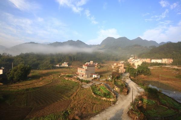 瑶山古寨美女_连南寨岗大瑶山,广东最后一块风景迷人的处女地