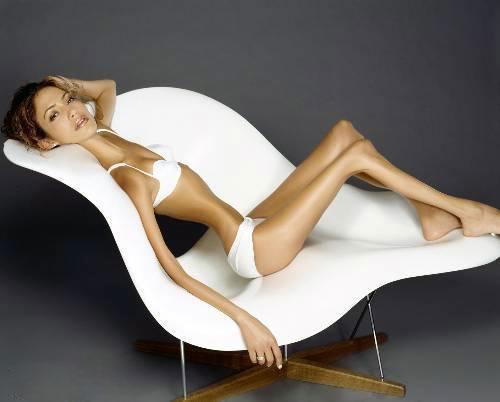 最瘦的图片_世界最瘦女子讲述减肥危害 控制饮食曾得厌食症