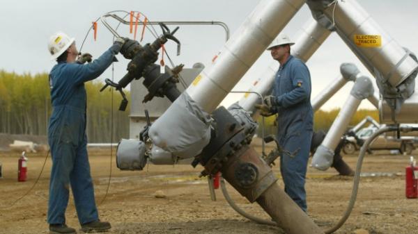 原定2016年6月完成首期麦克河油砂项目,目前工期已经拖延了18个月,需追加投资12亿加元。