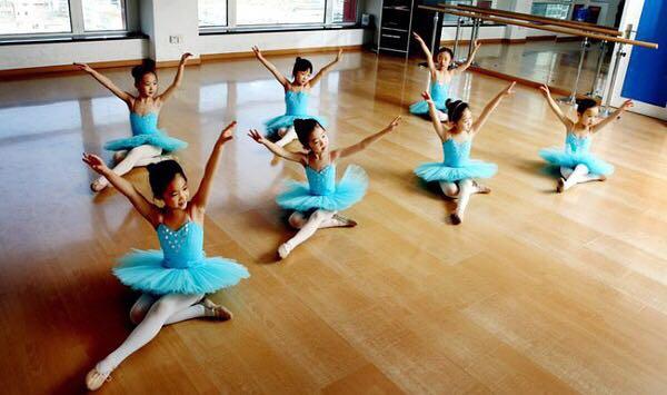 舞蹈学校_舞蹈培训学校应用实力说话