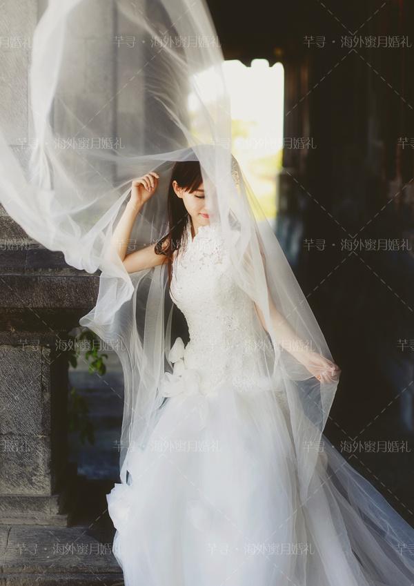 太迷人!新娘发型与头纱绝妙搭配,闪亮又抢眼图片