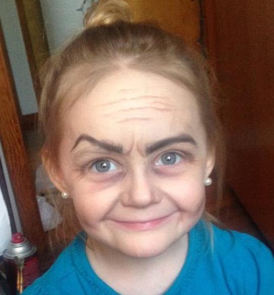 欧美胖奶奶_美国3岁女孩化妆后变\