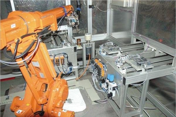 今年前两季度,福建鑫港纺织机械有限公司销售额比去年同期增长10%