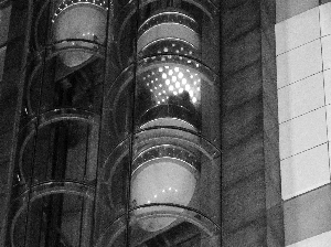 出故障的电梯