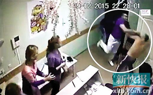 俄罗斯一位男大夫一拳打死患者的视频比来在俄收集和电视台宽泛流传,民间9日开端考察此事。这起事情客岁12月29日发作在俄南部都会别尔哥罗德。