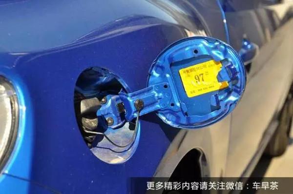 决定的,但如今汽车早已不再使用化油器结构,如此陈旧的方法早已不高清图片