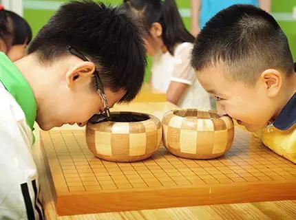 学围棋,象棋的适龄期