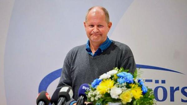 瑞典警察总监丹・埃利亚松(Jan Eliasson)表示,将在警方内部进行彻底调查。
