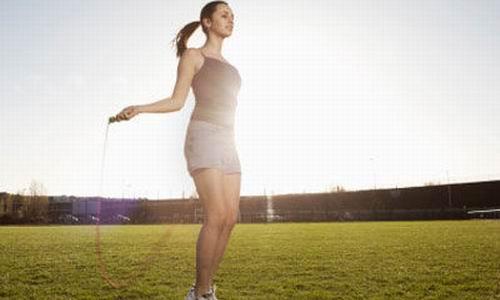 在用电中,腰,背和脂肪都在慢跑的运动,除了有效健身外,还不停瘦脸四肢针燃烧热毯图片