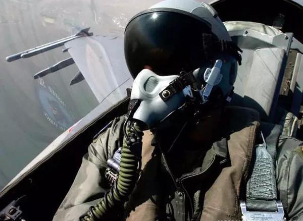 战斗机飞行员内裤曝光,真空抽吸速干速爽!图片