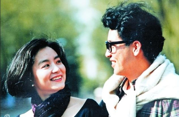 ...最终依然挥泪分手hh   原标题:揭秘林青霞秦汉恋18年分手内幕