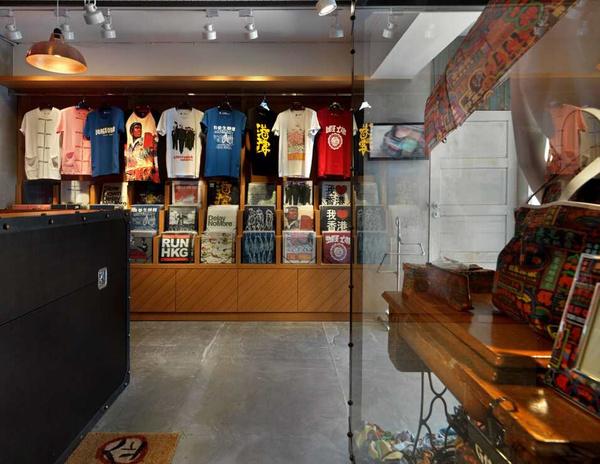 徐州市区:60平米服装店装修设计图