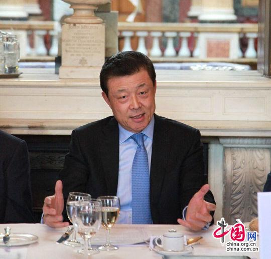 英国当地时间1月13日,中国驻英大使刘晓明应邀出席英国