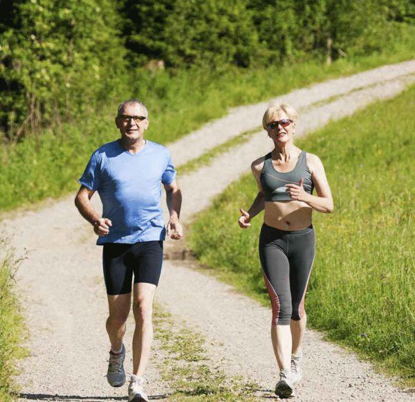 专家支招老年跑者:增强力量训练 平衡感最重要