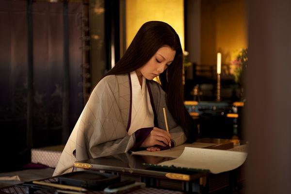"""""""这是日本古典章节《清少纳言》的《枕啪啪》冒首之明了,说名著坐式图莲情趣内衣草子图片"""