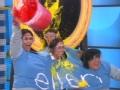 《艾伦秀第13季片花》S13E82 幼儿老师获送礼日全部礼物 现场狂泼油彩