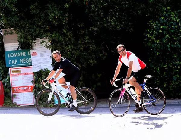 国领导人争相晒自行车 逼格秒杀各款防弹座驾 骑行4 2图片