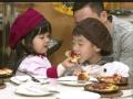 《北京卫视二胎时代片花》未播 杨阳洋与妹妹作爱心披萨 杨威遭女儿嫌弃
