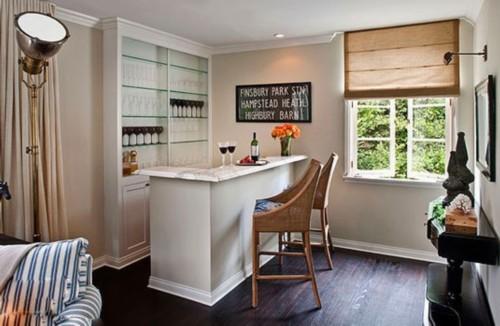 家庭吧台装修效果图:贴着客厅角落设计的小酒吧,却成了家中最为享受的