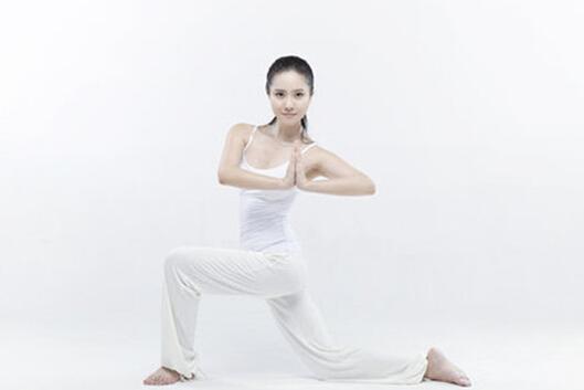 瑜伽减肥瘦身肌肉婚前注意好方法想瘦身材腿要塑造不吃什么图片
